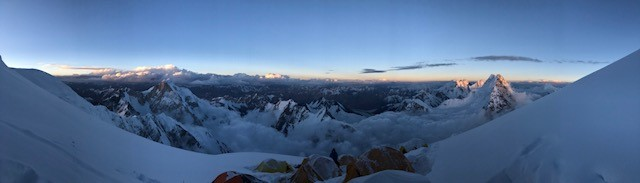 Panorama of our cold and high camp 4
